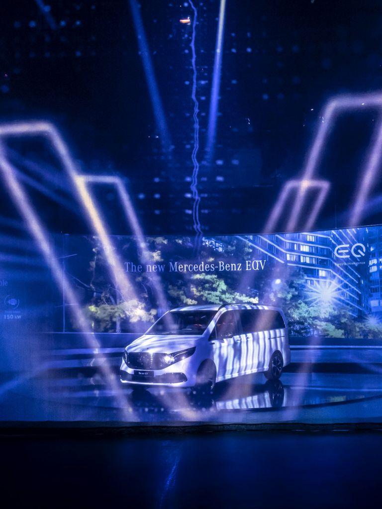 2020 Mercedes-Benz EQV 556805