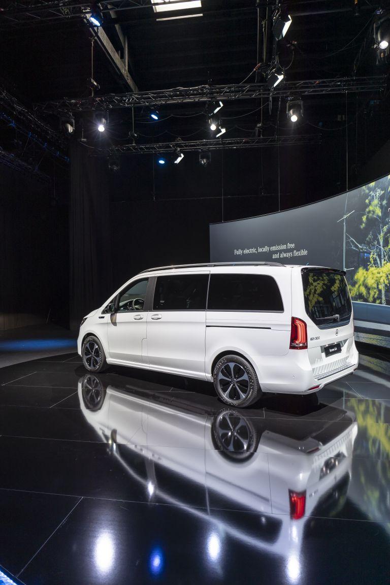 2020 Mercedes-Benz EQV 556822