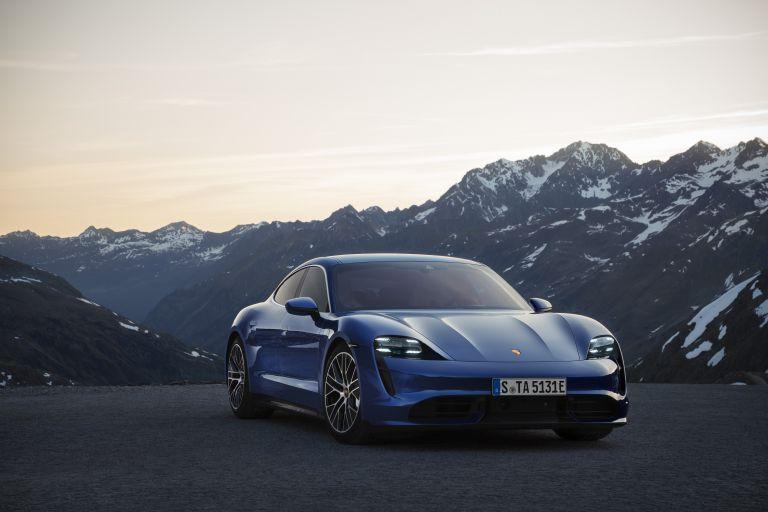 2020 Porsche Taycan turbo 557719