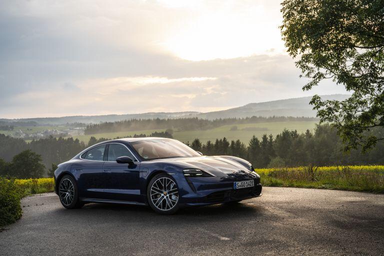 2020 Porsche Taycan turbo 562793