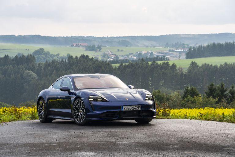 2020 Porsche Taycan turbo 562798