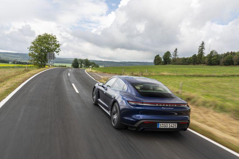 2020 Porsche Taycan turbo 562817