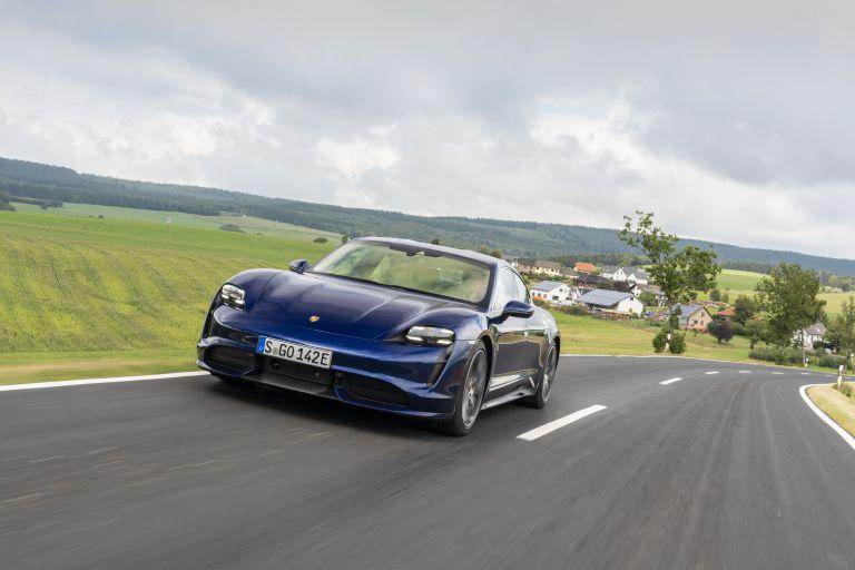 2020 Porsche Taycan turbo 562825
