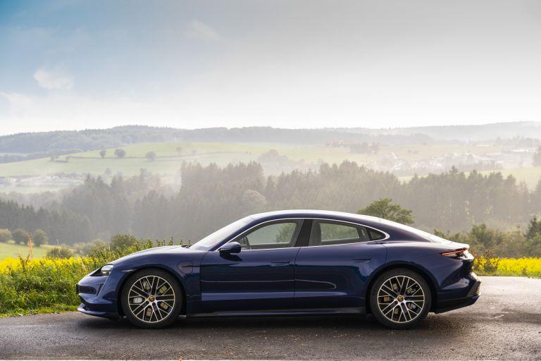2020 Porsche Taycan turbo 562829