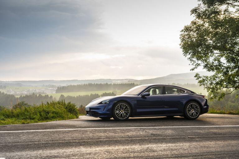 2020 Porsche Taycan turbo 562830