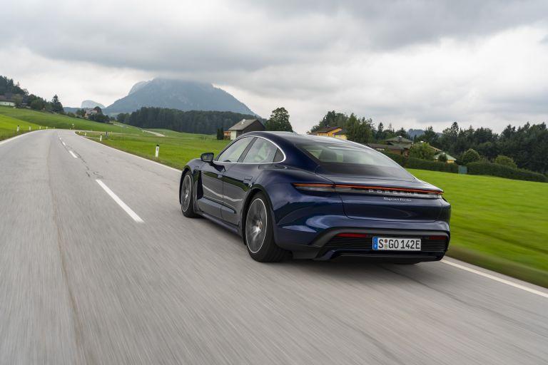 2020 Porsche Taycan turbo 562838