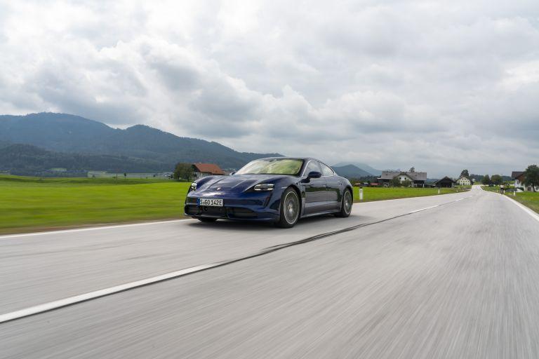 2020 Porsche Taycan turbo 562847