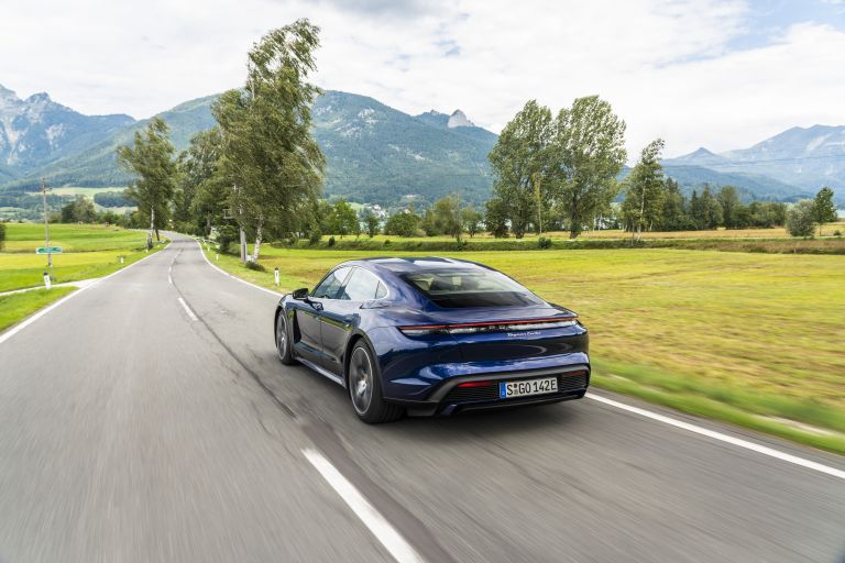 2020 Porsche Taycan turbo 562852