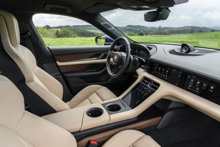 2020 Porsche Taycan turbo 562873