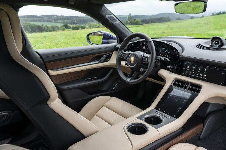 2020 Porsche Taycan turbo 562874