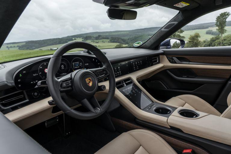 2020 Porsche Taycan turbo 562876