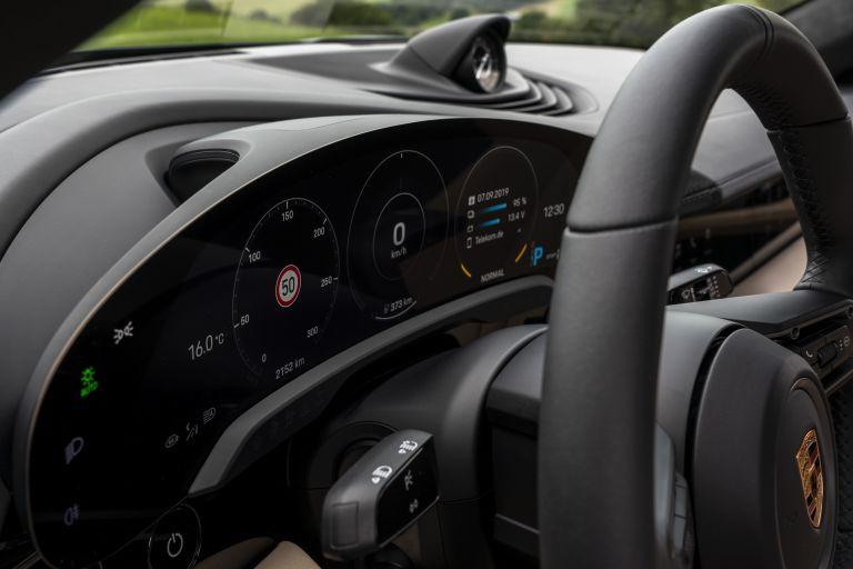 2020 Porsche Taycan turbo 562884