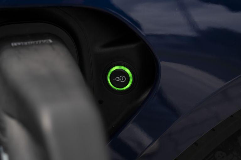 2020 Porsche Taycan turbo 562909