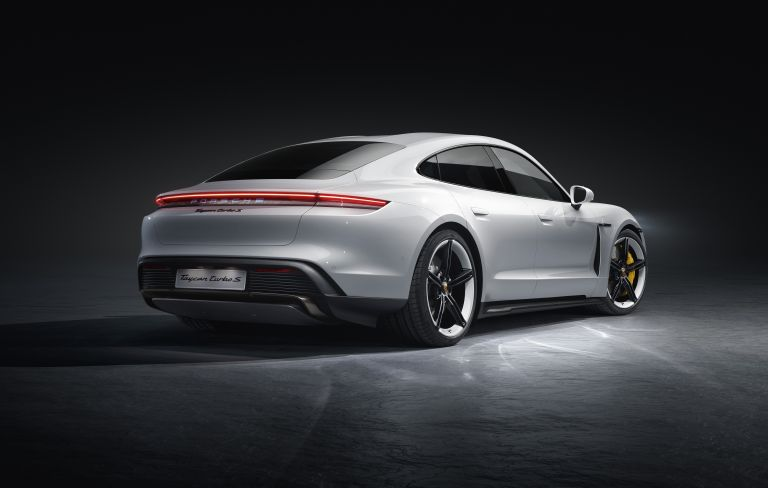 2020 Porsche Taycan turbo S 563091