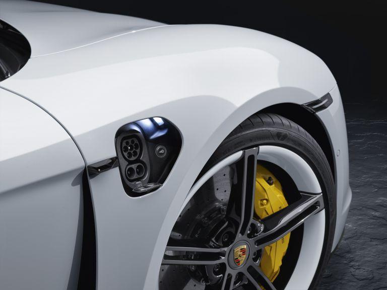 2020 Porsche Taycan turbo S 563092