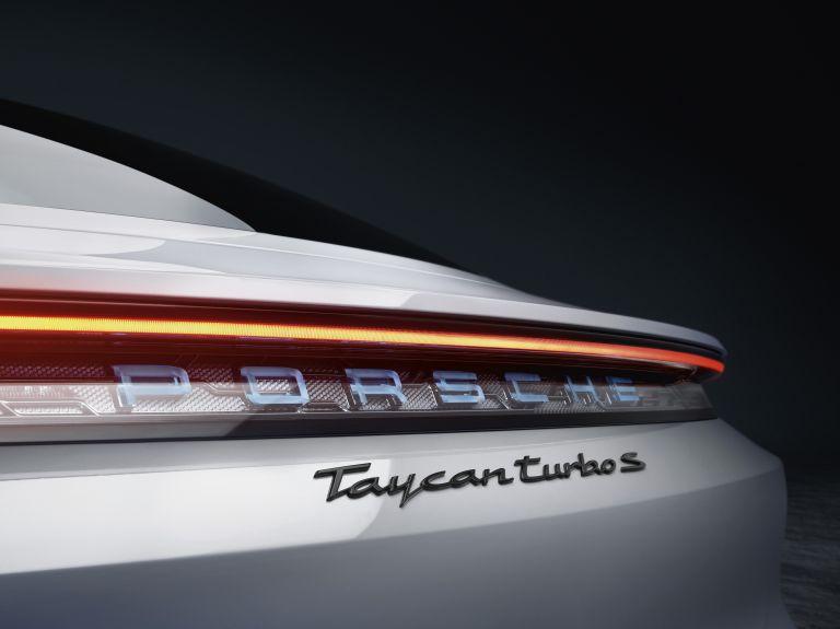 2020 Porsche Taycan turbo S 563093