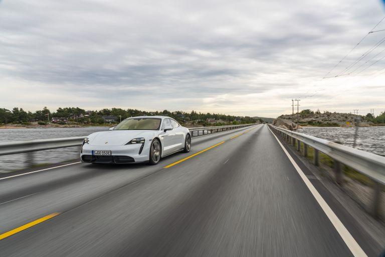 2020 Porsche Taycan turbo S 563101