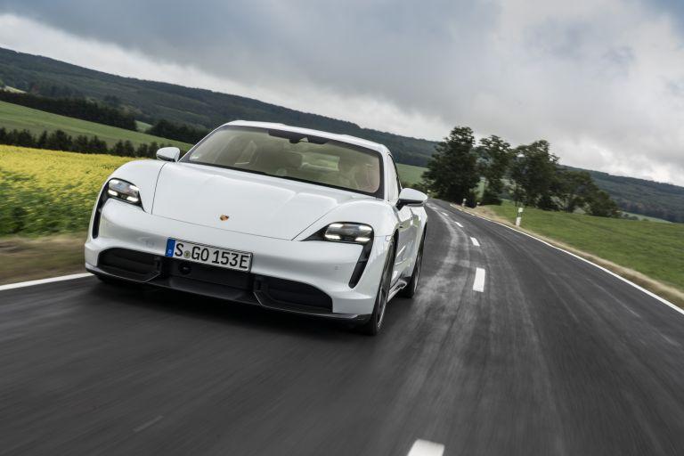 2020 Porsche Taycan turbo S 563107