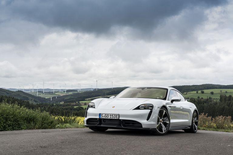 2020 Porsche Taycan turbo S 563111
