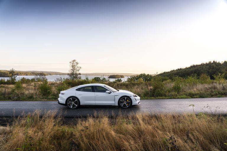 2020 Porsche Taycan turbo S 563115