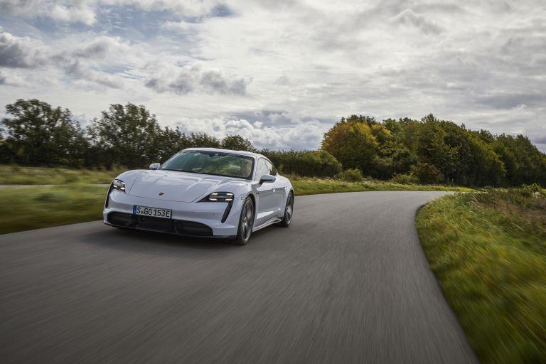 2020 Porsche Taycan turbo S 563129