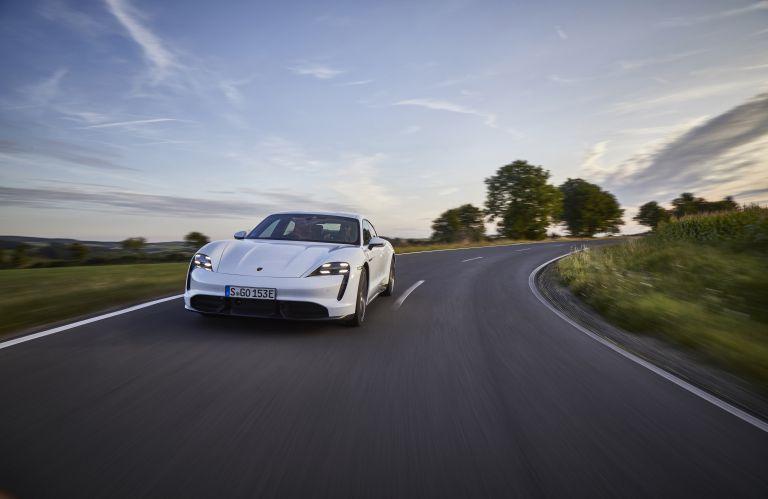 2020 Porsche Taycan turbo S 563130