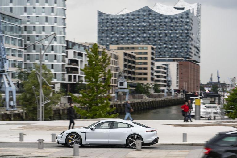 2020 Porsche Taycan turbo S 563146