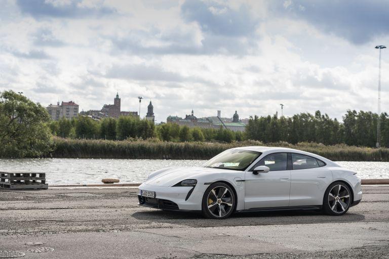 2020 Porsche Taycan turbo S 563160