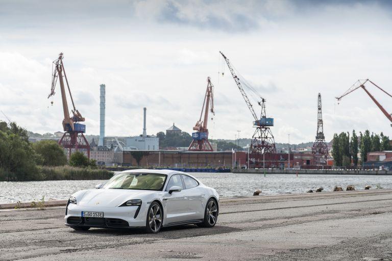 2020 Porsche Taycan turbo S 563162