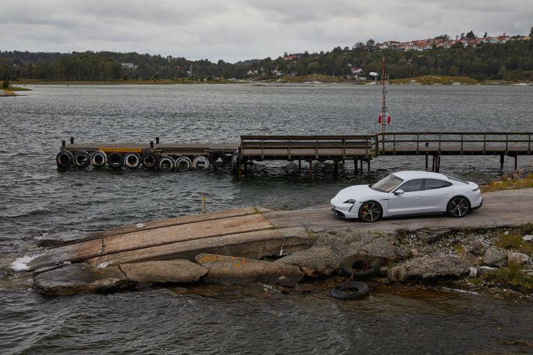 2020 Porsche Taycan turbo S 563171