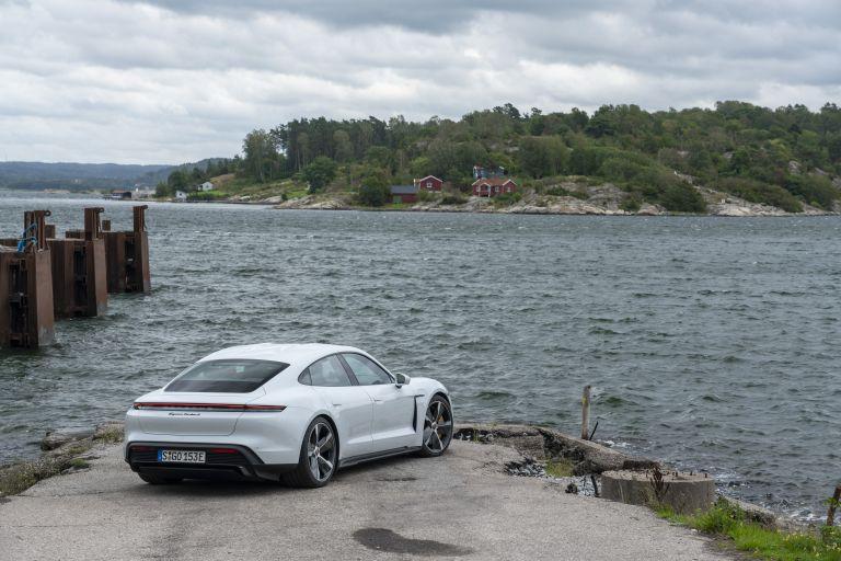 2020 Porsche Taycan turbo S 563177