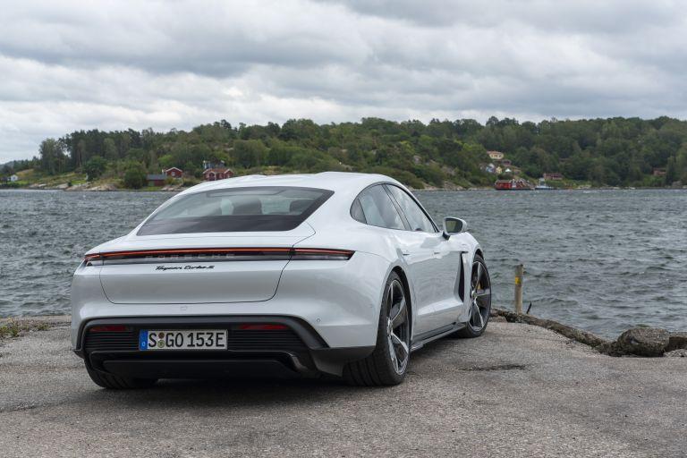 2020 Porsche Taycan turbo S 563179