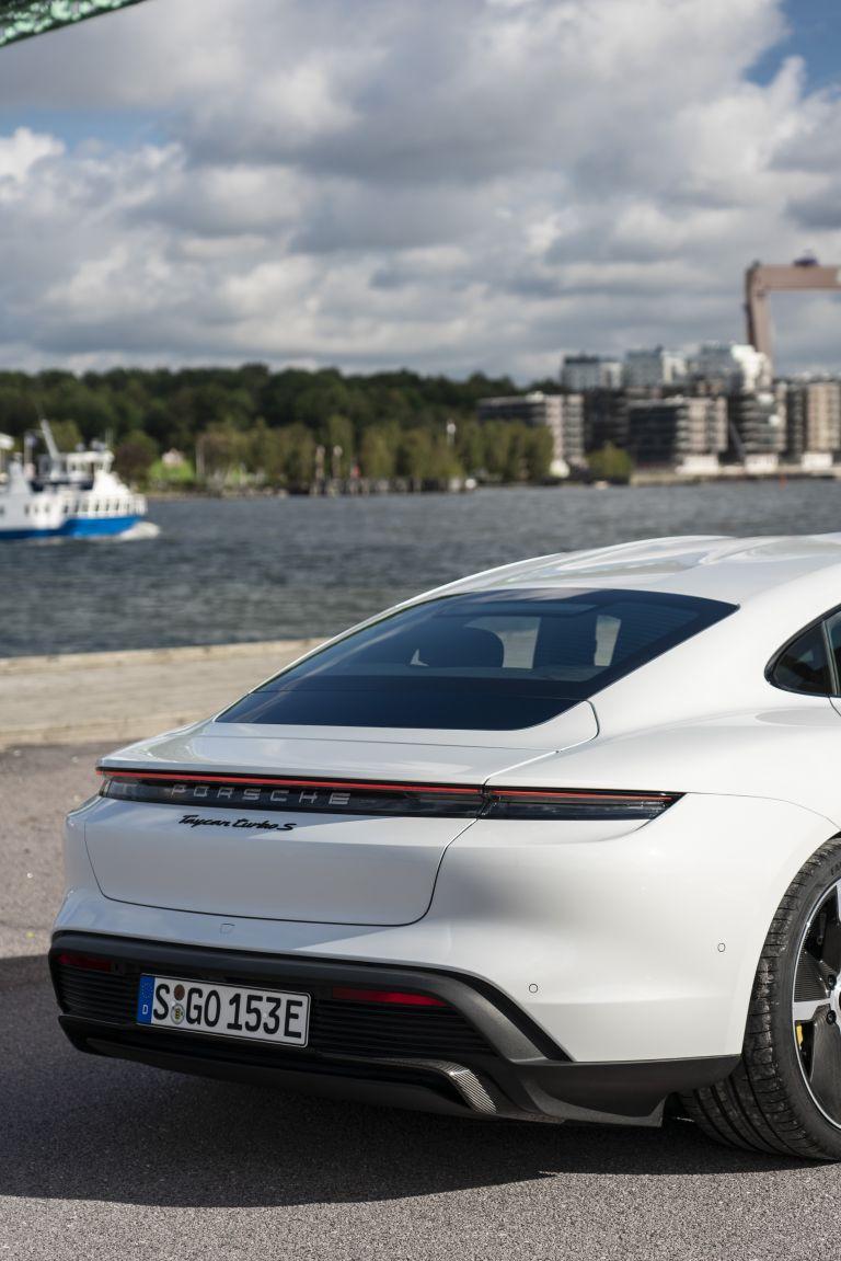 2020 Porsche Taycan turbo S 563194