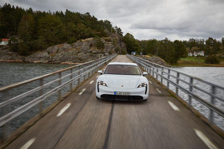 2020 Porsche Taycan turbo S 563201