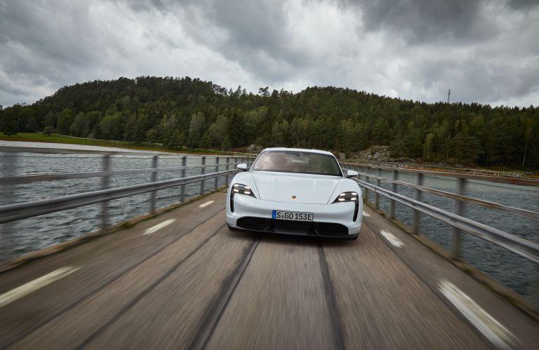 2020 Porsche Taycan turbo S 563202
