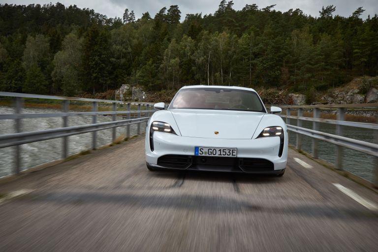 2020 Porsche Taycan turbo S 563203