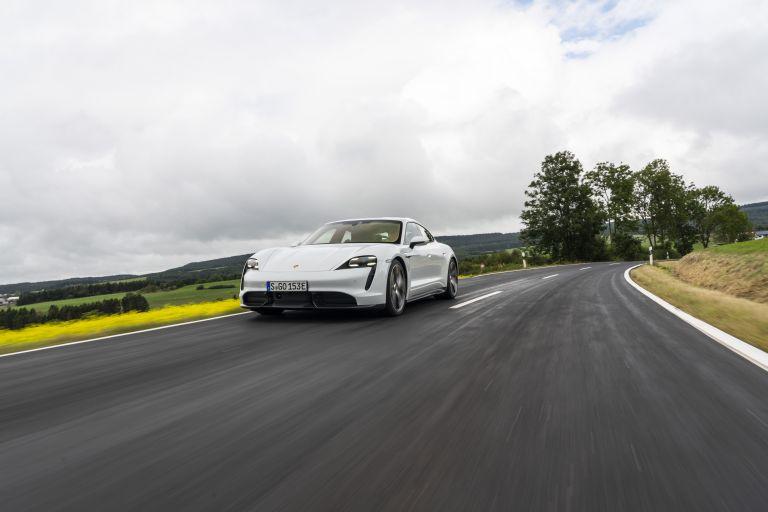 2020 Porsche Taycan turbo S 563215
