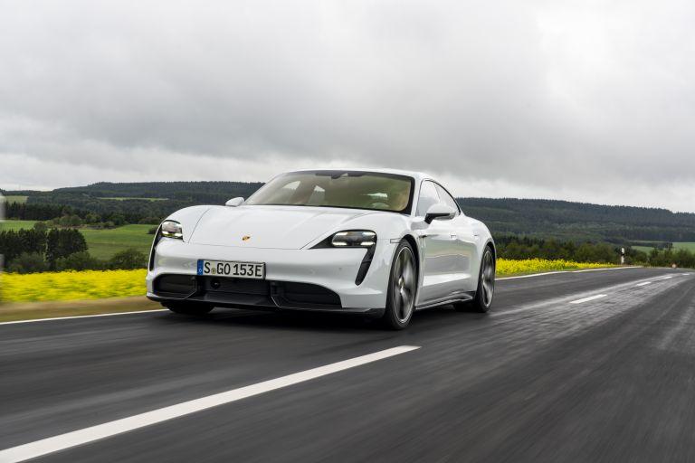 2020 Porsche Taycan turbo S 563216