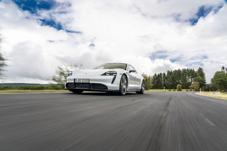 2020 Porsche Taycan turbo S 563218