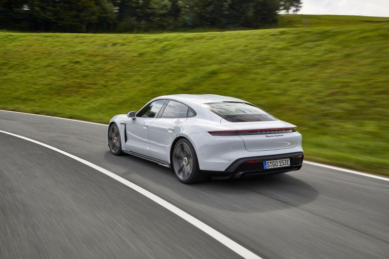 2020 Porsche Taycan turbo S 563234