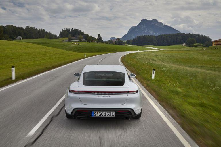 2020 Porsche Taycan turbo S 563238