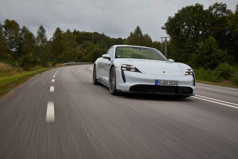 2020 Porsche Taycan turbo S 563241