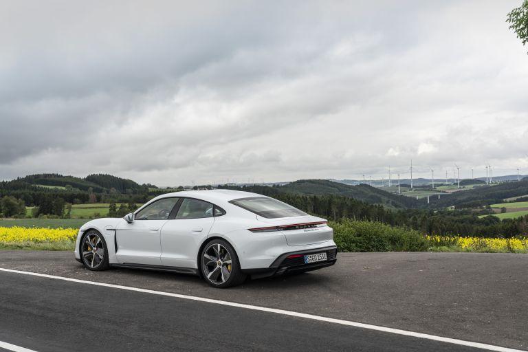 2020 Porsche Taycan turbo S 563247