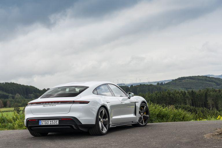 2020 Porsche Taycan turbo S 563258