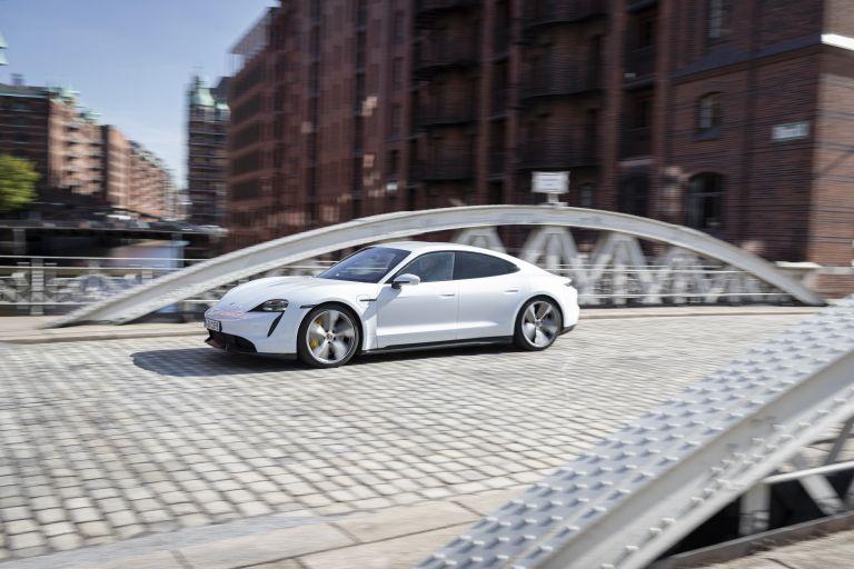 2020 Porsche Taycan turbo S 563269