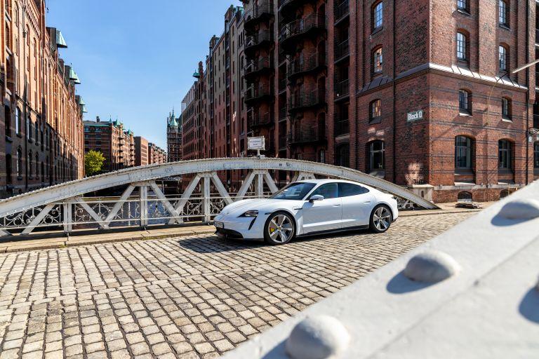2020 Porsche Taycan turbo S 563272