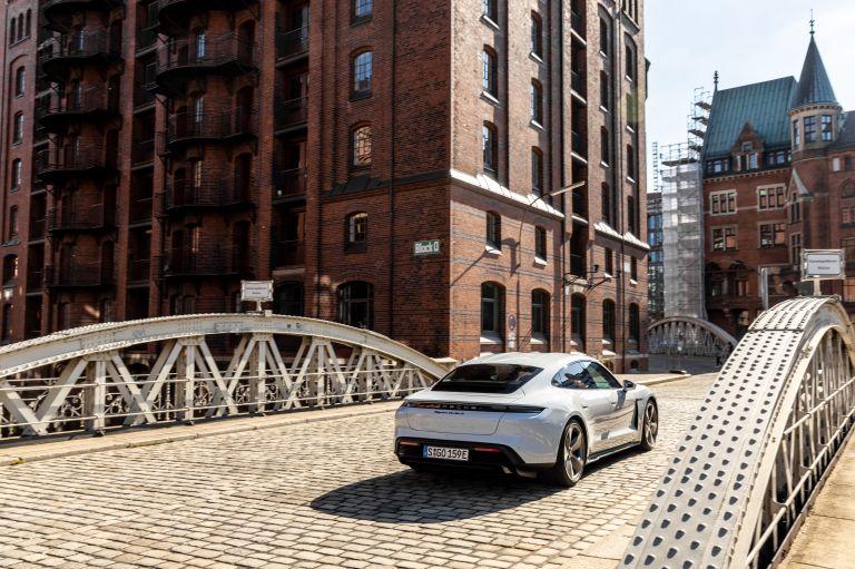 2020 Porsche Taycan turbo S 563277