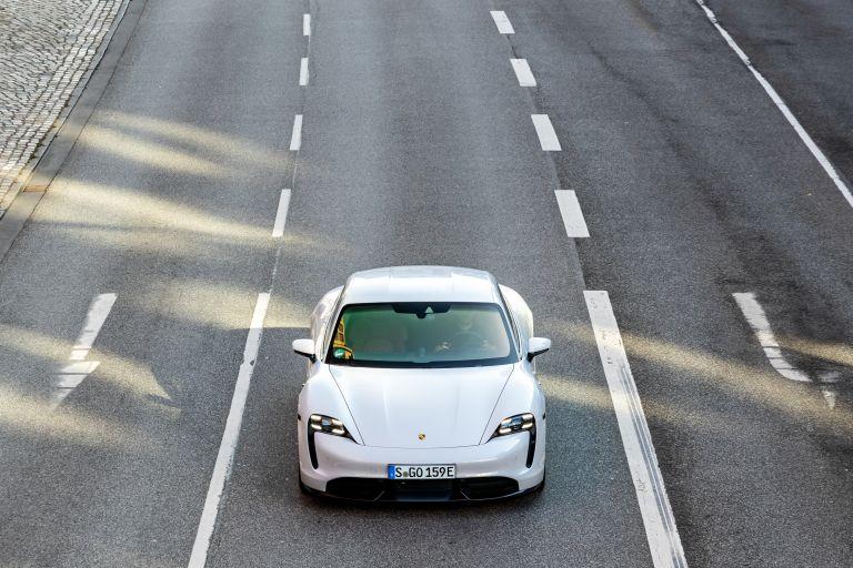 2020 Porsche Taycan turbo S 563292