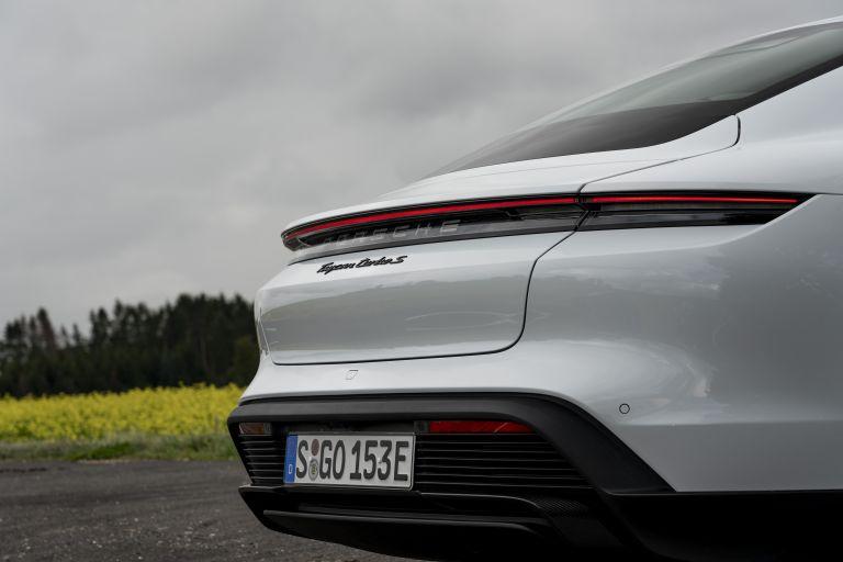 2020 Porsche Taycan turbo S 563317