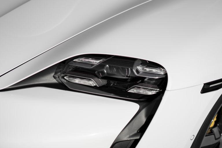 2020 Porsche Taycan turbo S 563321